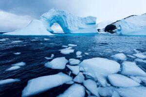سرعت ذوب شدن یخها