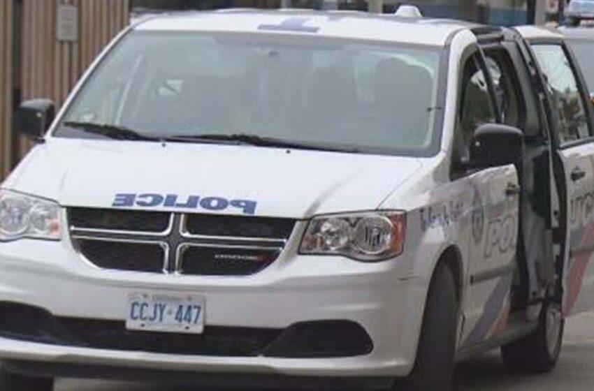 یک مرد و دو افسر پلیس در بیمارستان پس از تیراندازی پلیس در تورنتو