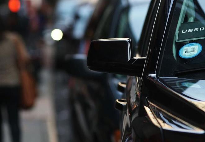 اوبر امکان اجاره یک اتومبیل کامل از طریق اپلیکیشناش فراهم کرد