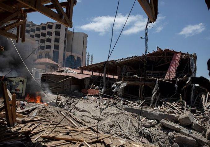 در میان تلاشها برای توافق آتشبس، اسراییل خانههای ٩ فرمانده حماس را هدف قرار داد