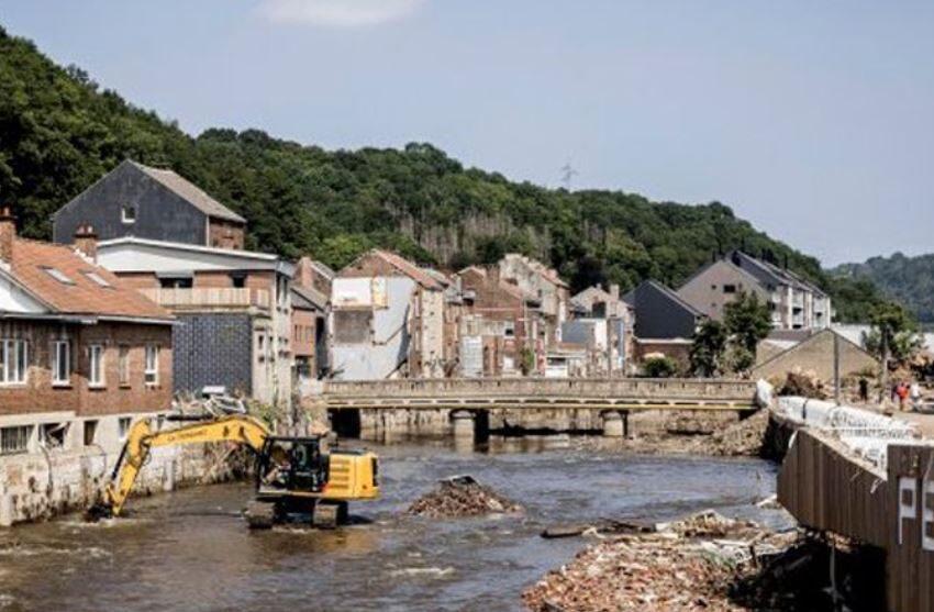 شهر دینانت در بلژیک با بدترین سیلی که در دهههای گذشته به خود دیده بود مواجه شد